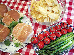 picnic-sandwiches_flickr-photo-courtesy-of-startcooking