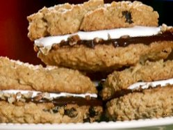 Fluffy Oatmeal Sandwich Cookies by Paula Deen